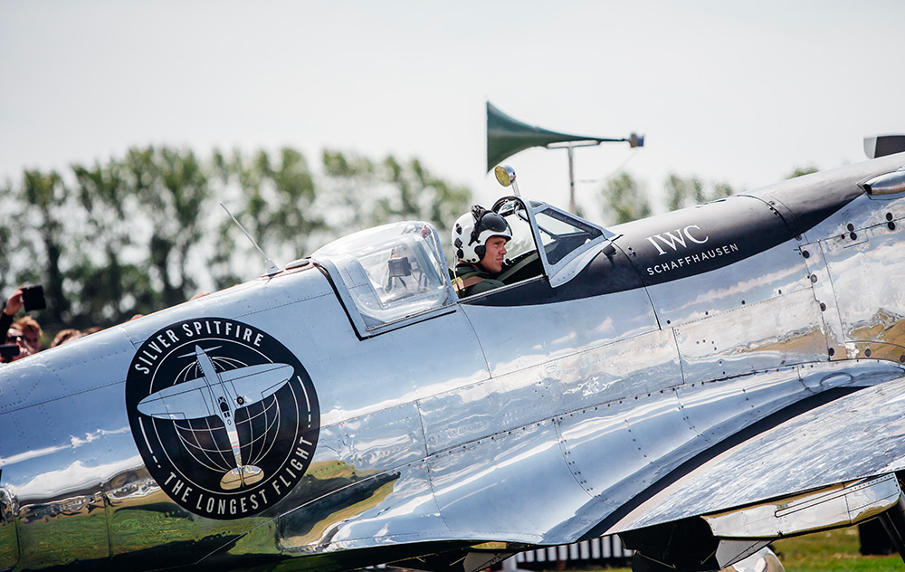 iwc Silver Spitfire - The Longest Flight